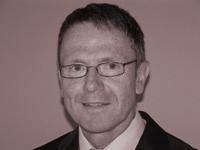 Dr. Wolfgang Raedel